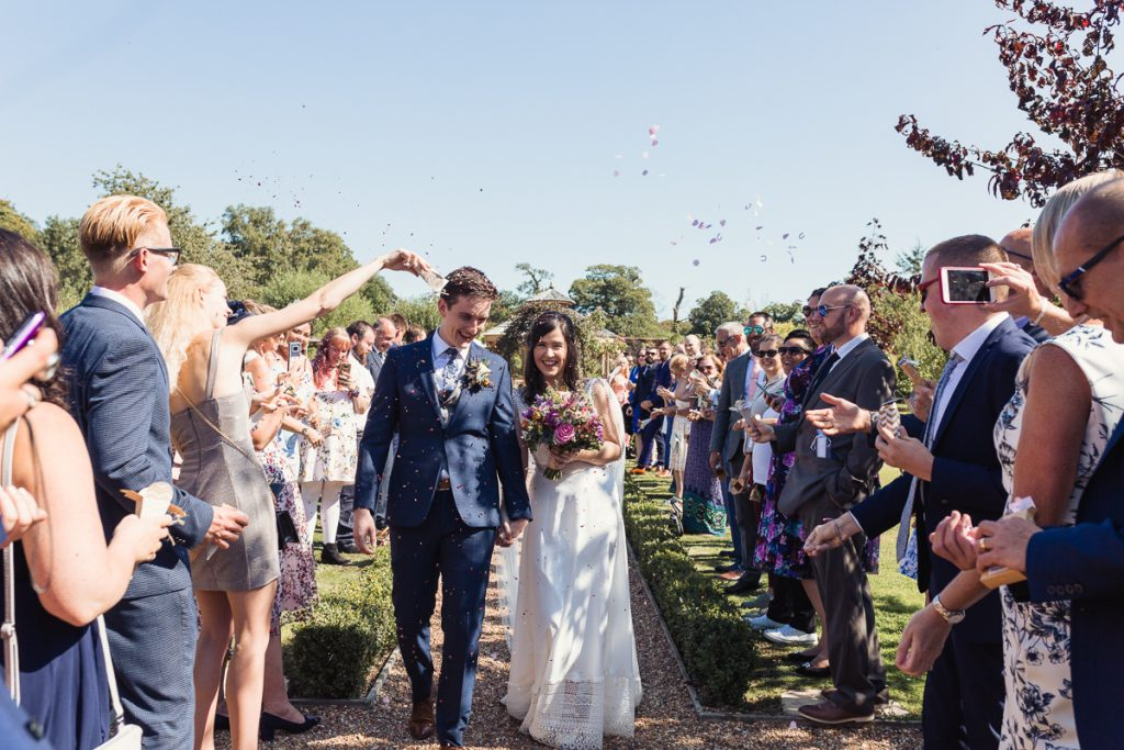 wedding photography confetti celebration